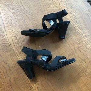 Aerosole strapy sandals